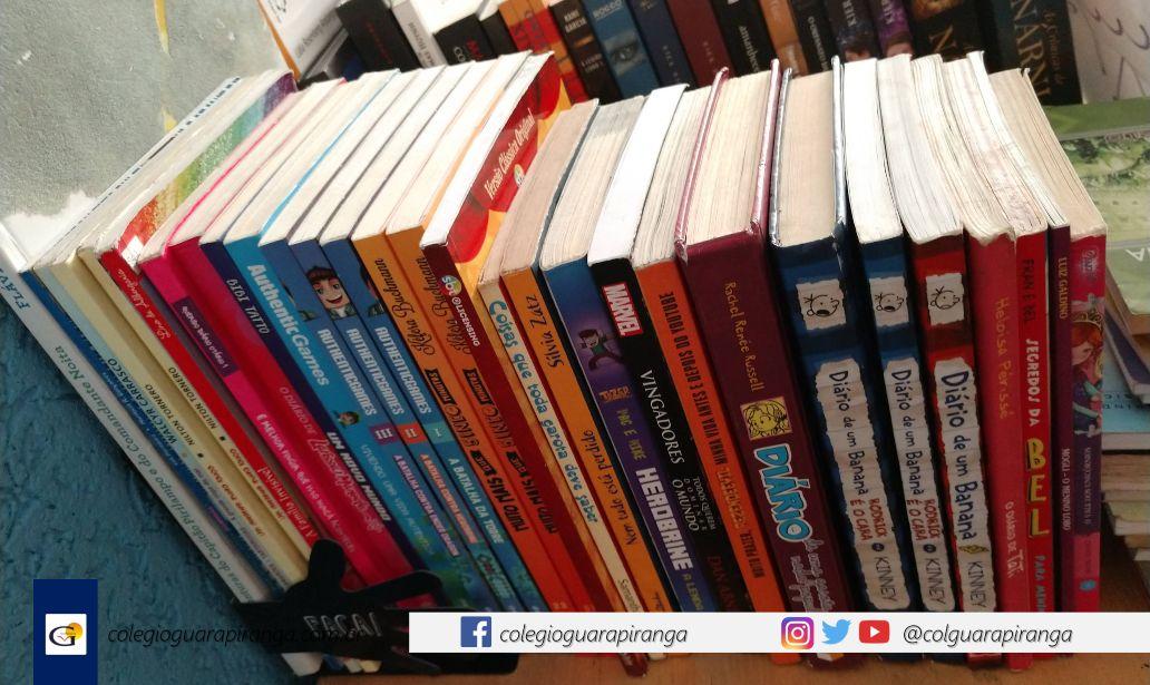<p>Estamos arrecadando livros para abastecer o nosso cantinho da leitura. A ideia é que o aluno retire o livro, leve para casa e o devolva fomentando a literatura, o compartilhamento de livros e o desapego. Daremos um voto de confiança aos nossos alunos sem a preocupação de que vai sumir, […]</p>